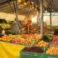 テントの果物店