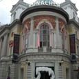 ローナッハー劇場