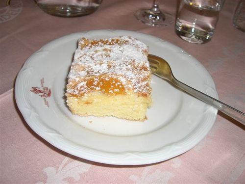 アプリコットケーキ