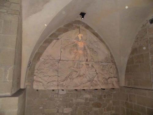 モン・サ・ンミッシェル修道院/オベール司教の彫刻