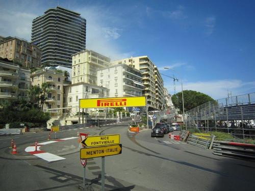 モナコ/F1グランプリのタイヤ跡