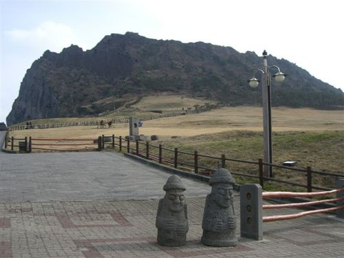 城山日出峰(ソンサンイルチュルボン)