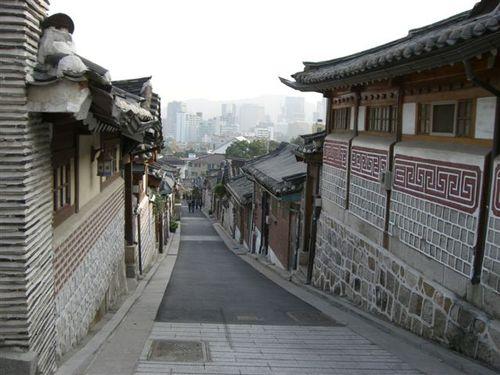 北村・嘉会洞韓屋道(カフェドンハノッキル)