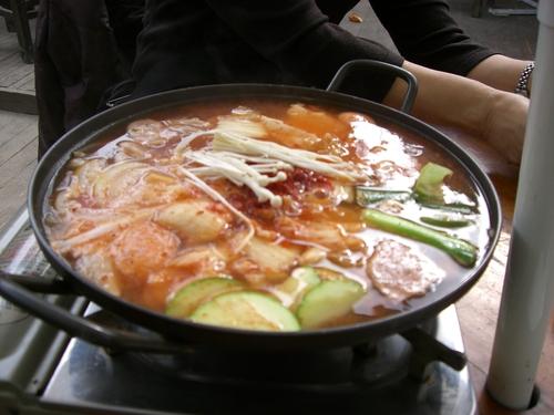 プデジョングル(鍋物)