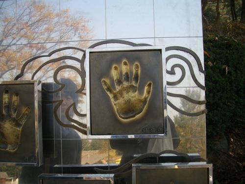 イ・ヨンエさんの手形