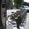 大繁盛の貸し自転車
