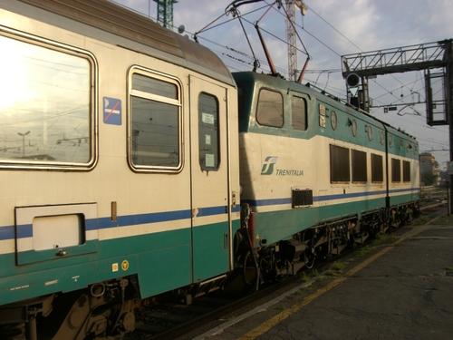 ストレーザ方面行き列車