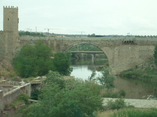 トレド/水道橋