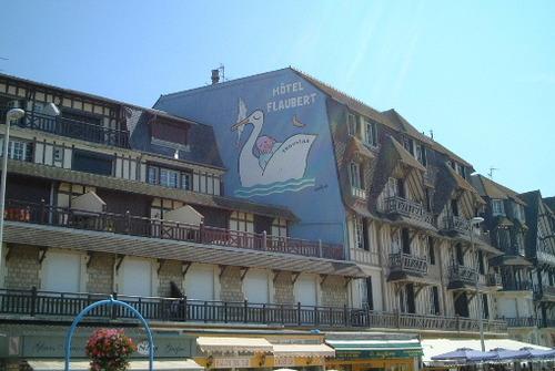 フランス・トゥールヴィル=ドーヴィル/サヴィニャックの絵